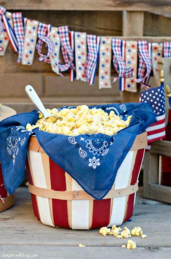 12 Patriotic Party DIYs for Fourth of July, including this fun and easy popcorn bucket!