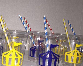 Tazas de fiesta de carnaval, tema de fiesta de carnaval, tiendas de carnaval, carpa de circo, cumpleaños circo, circo partido tazas