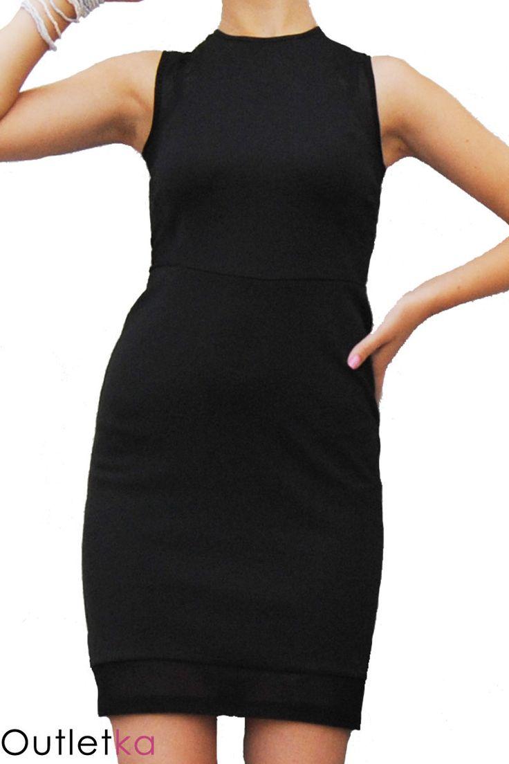 Nowa czarna sukienka firmy Atmosphere. Materiał rozciągliwy, świetnie dopasowuje się do sylwetki. Tył i bok sukienki wykonane zostały z szyfonu, który nadaje jej elegancji, oraz ciekawy i oryginalny wygląd. Z tyłu zapinana na guzik, a'la łezka. Dół wykończony także szyfonowym materiałem. Odpowiednia na każdą okazję. Sukienka z kompletem firmowych metek.