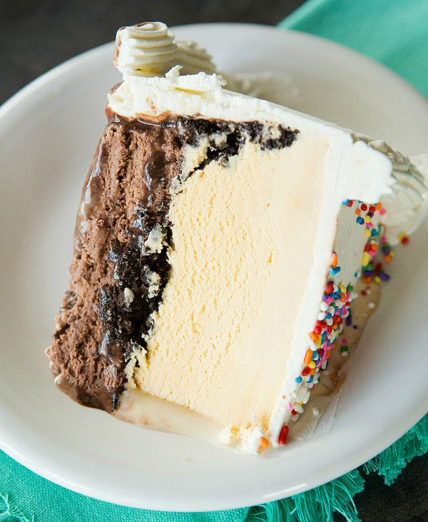 Homemade Dairy Queen Ice Cream Cake | browneyedbaker.com
