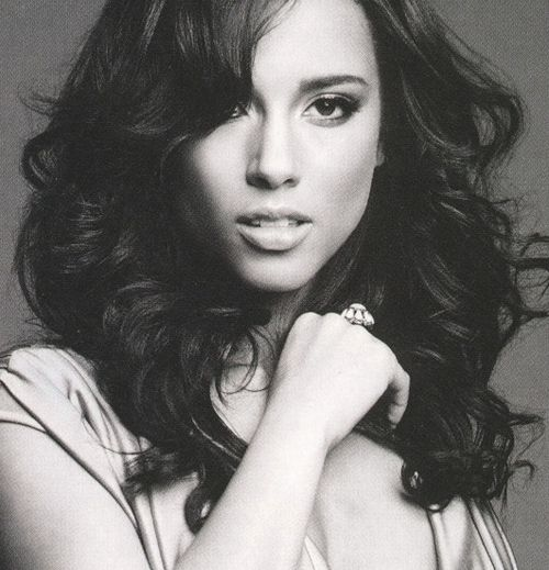 I really like Alicia Keys' music and I also think she's really pretty too.