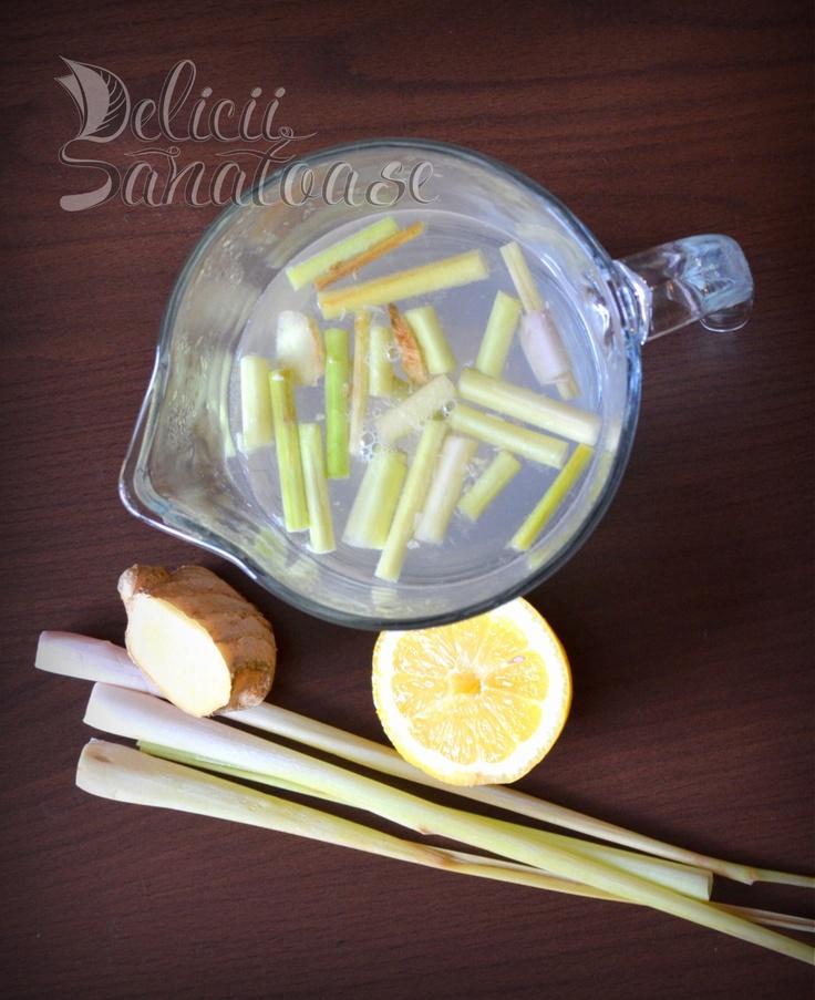 #raw #vegan lemongrass ginger tea @DeliciiSanatoas