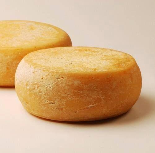 Queijo Amarelo conquistou o mercado gourmet dos EUA ao participar em provas de degustação da revista de vinhos Wine Spectator. Já em 2008, a prestigiada publicação tinha apontado o queijo produzido pela Damar como um dos melhores do mundo.