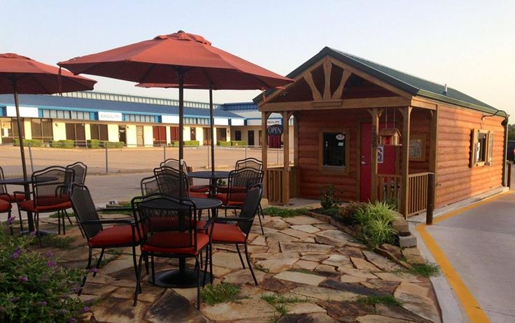Jolt yourself awake with a shot of espresso and sunshine at Lu Lu's Coffee and Bagel Shop in Lawton, Oklahoma. Stifle early morning yawns from the outdoor patio while drenching your taste buds in the roasted beans' rich flavors. Order an Alaska National Forest themed drink, from the Polar Bear white mocha latte to the Caribou Caramel latte.