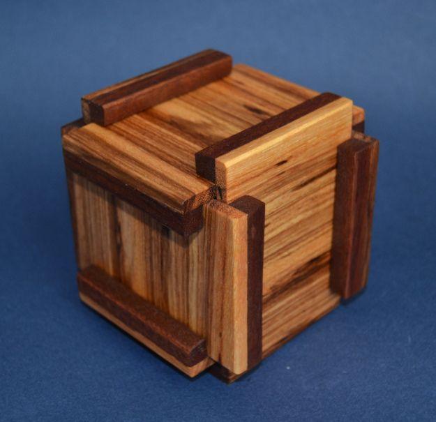 Puzzler puzzle box
