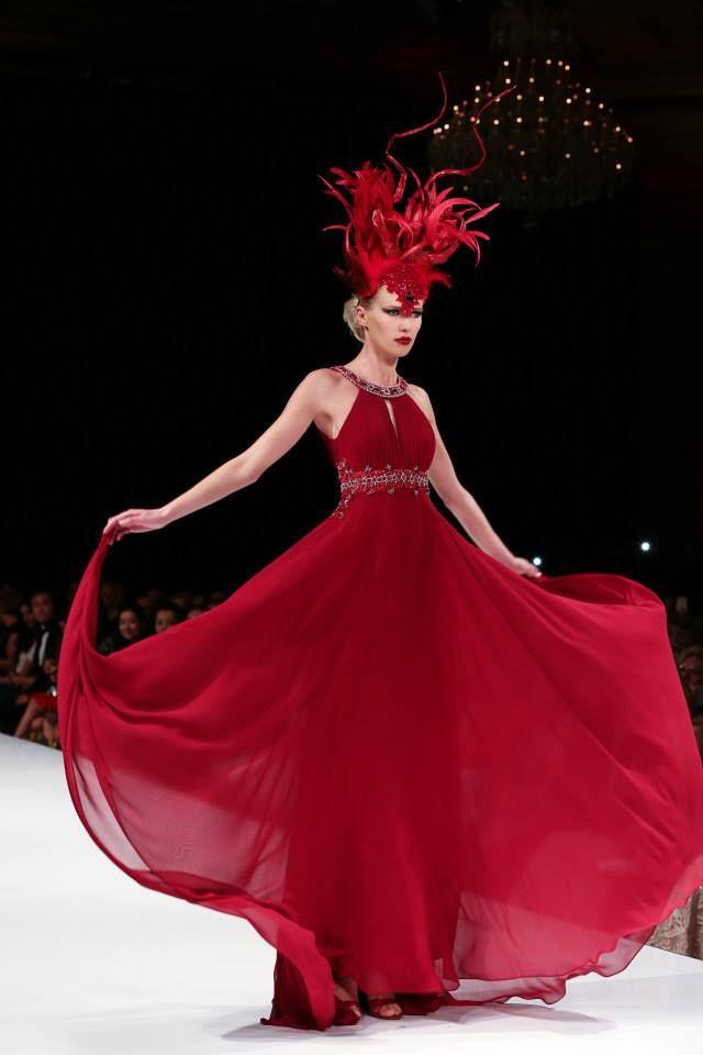 SUE WONG GODDESSES BY SAM FU. Headdress: Kicka Custom Design Crowns: Lisa Marinucci Jewelry: Vilaiwan.   #LAFW #Hollywood #LAFashion #Couture #suewong #mythsandgoddesses #artheartsfashion #projectethos #taglyancomplex #aidshealthcarefoundation #theorganicface #FHIheat #projectrunway #runway #fashionshow #fashion #suewongfashion #suewong #runway #fashionshow #beauty #magic #transformation