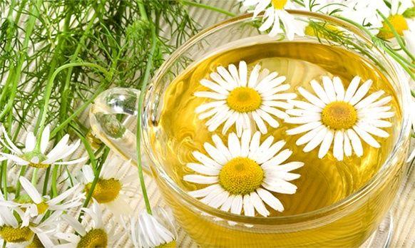 Contro l'acidità di stomaco quali sono i rimedi naturali e i farmaci indicati