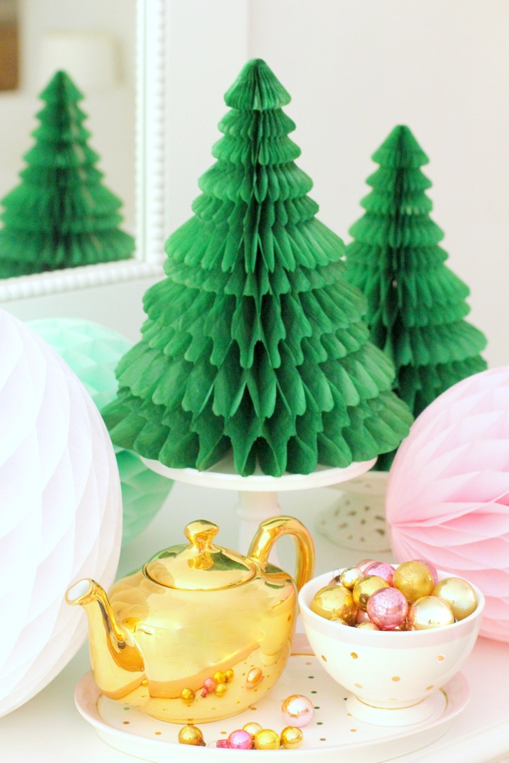 Honeycomb Christmas Centerpiece In Candy Colors  Christmas Tea And Cookie  Decorating