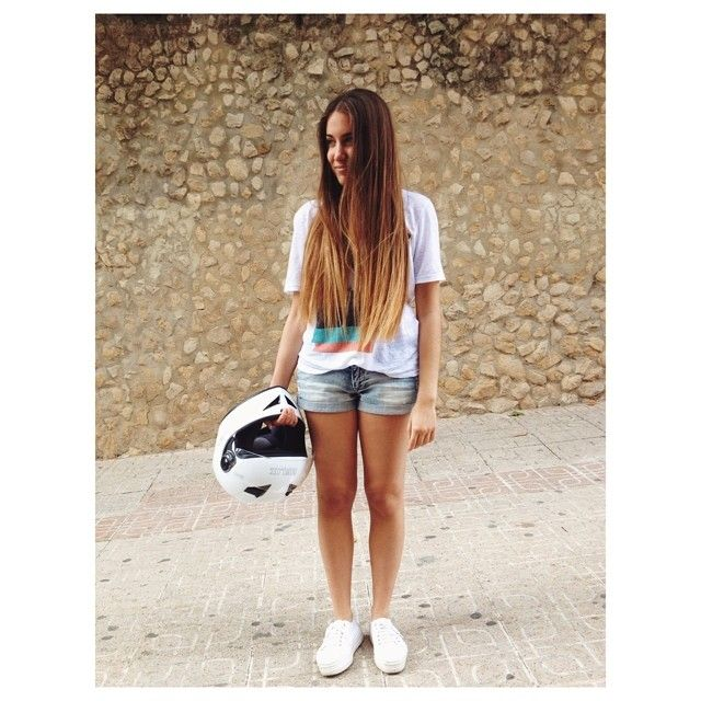 "281 Me gusta, 3 comentarios - Alexandra Ferrero (@alexandra_19f) en Instagram: ""Camí del. @alteeacookie"""