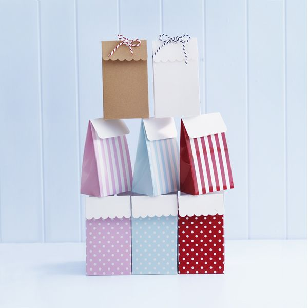 donna hay box bags. Look for a svg file.