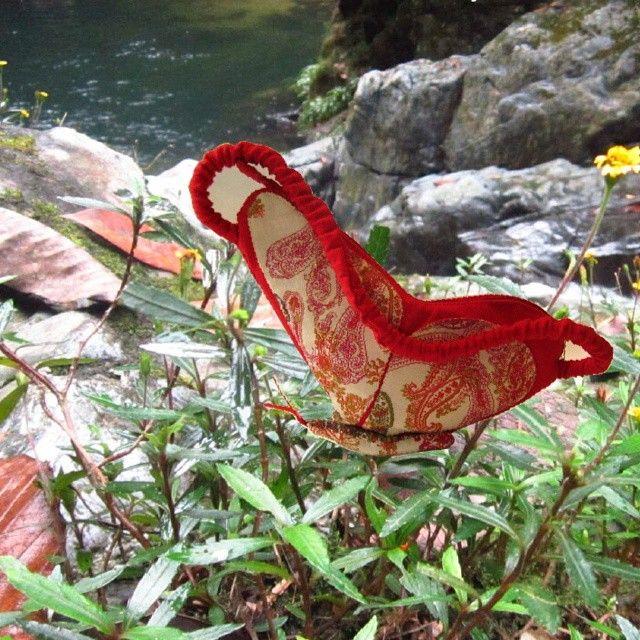 Vuelo de Mariposa es Estuche Alas Darien Chocoano #lamagiavienedelcorazon #diseñocolombiano  #hechoamano  #design #handmade #mariposa #butterfly