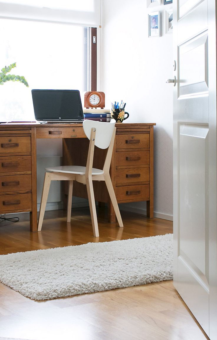 Workspace and vintage table