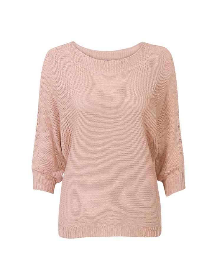 Roze trui met driekwart mouwen en een boothals. #MissEtam
