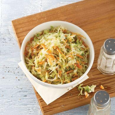 Salade de chou style St-Hubert - Recettes - Cuisine et nutrition - Pratico Pratique