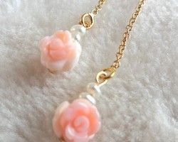The Rose Garden / Queen Conch Shell × 淡水パール×14kgf アメリカンピアス