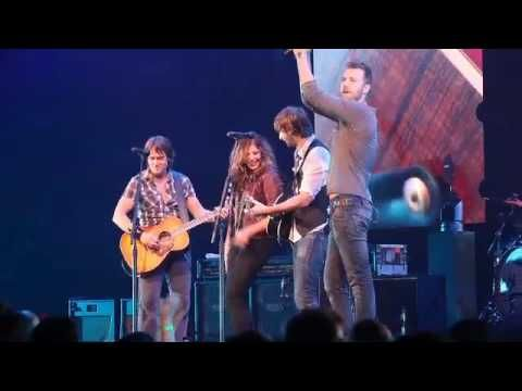 Keith Urban and Lady Antebellum sing Seven Bridges Road - YouTube ww.youtube.com/watch?v=JRRiPX4s4kg