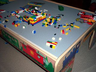 Table For Kids   Yrs Old Play Room