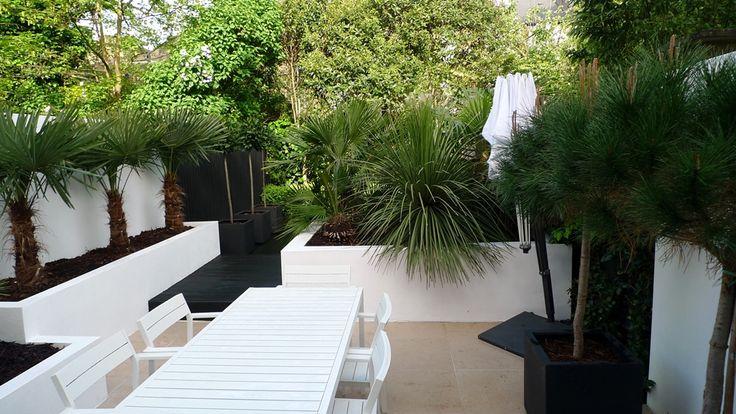 Modern Urban London Garden Design Limestone Paving White