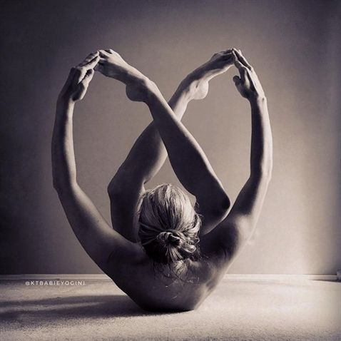 beautiful yoga pose #YogaPhotography