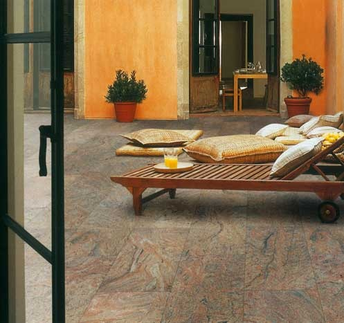 #Granite perfectly encapsulates the Old World appeal of this #Tuscan style #courtyard. #UnionTiles