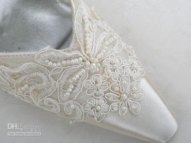 Satin Pumps Lace wedding shoes