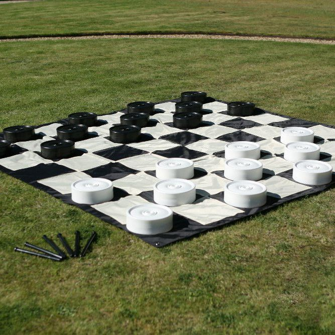The garden checkers mat is made of high-quality nylon that is quick and easy to put down and when rolled up takes up very little space. Comes with four metal stakes so you can stake the mat to the gro