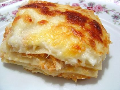 Lasanha de Atum: Brazilian Chicken, Portuguese Food, Lasanha De, Brazilian Lasagna, Revenues, Brazilian Fooddessertsdrink, Brazilian Recipes, Chicken Lasagna Recipes, The Frango