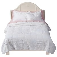Simply Shabby ChicR Patchwork Quilt