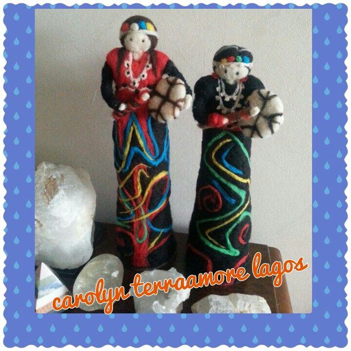 Muñecas de vellon lindas mapuches vestidas de machi.