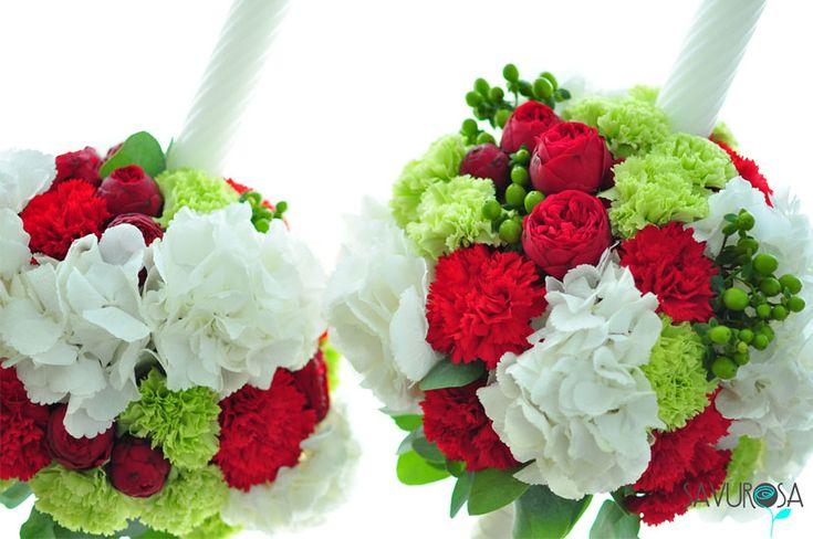 lumanari pentru nunta cu bujori rosii