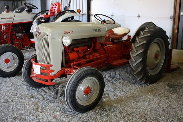 D Fe E Af D E F B C Ford Tractors Horses