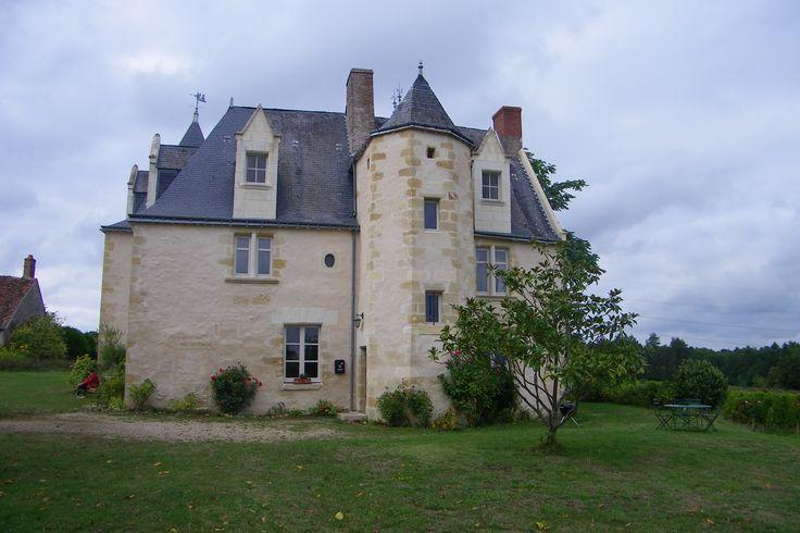 Château de la Roche à Cheillé (37)