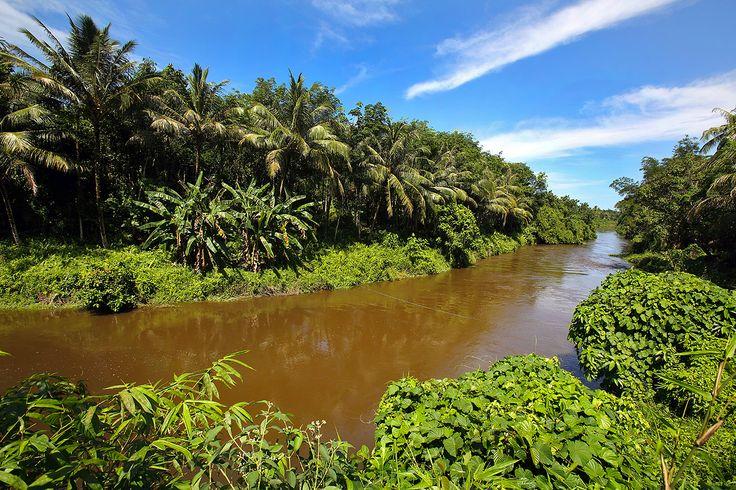 Tumula river in Afulu. North Nias Regency, Nias Island, Indonesia. Photo by Bjorn Svensson. www.northniastourism.com