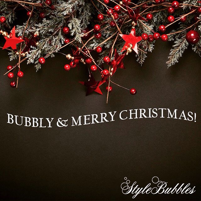 Merry Christmas! #stylebubbles #christmas #fashion