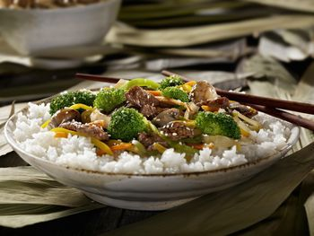 Almost anyone who likes Chinese food loves a good stir-fry and this beef with broccoli stir-fry recipe is one of the most popular