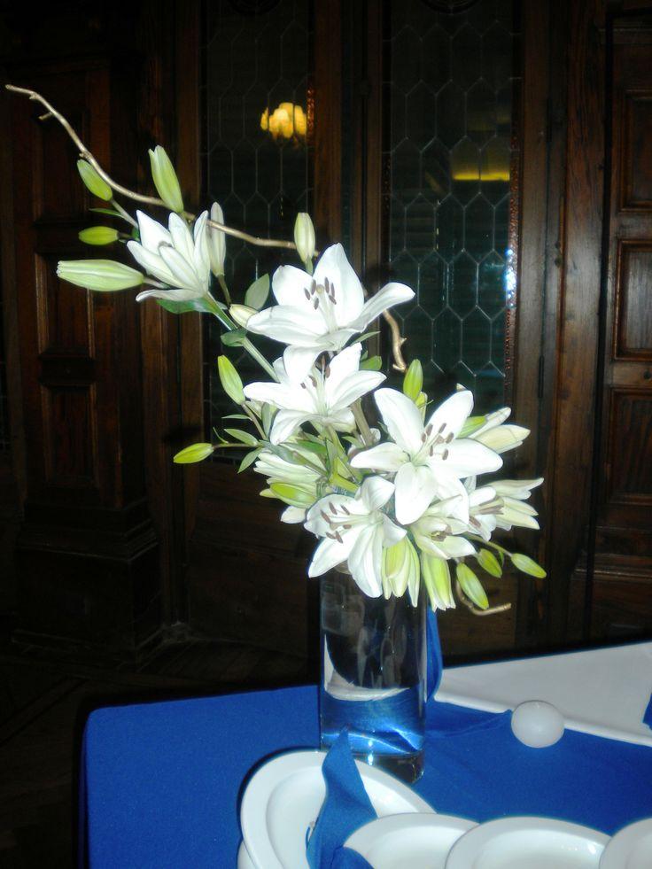 Diseño en florero para evento.