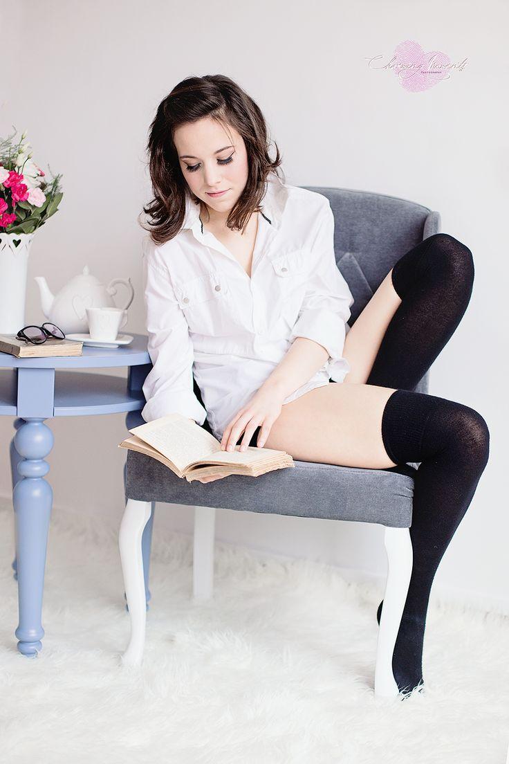 #senior #romantic #woman #book #photography #spring #isala
