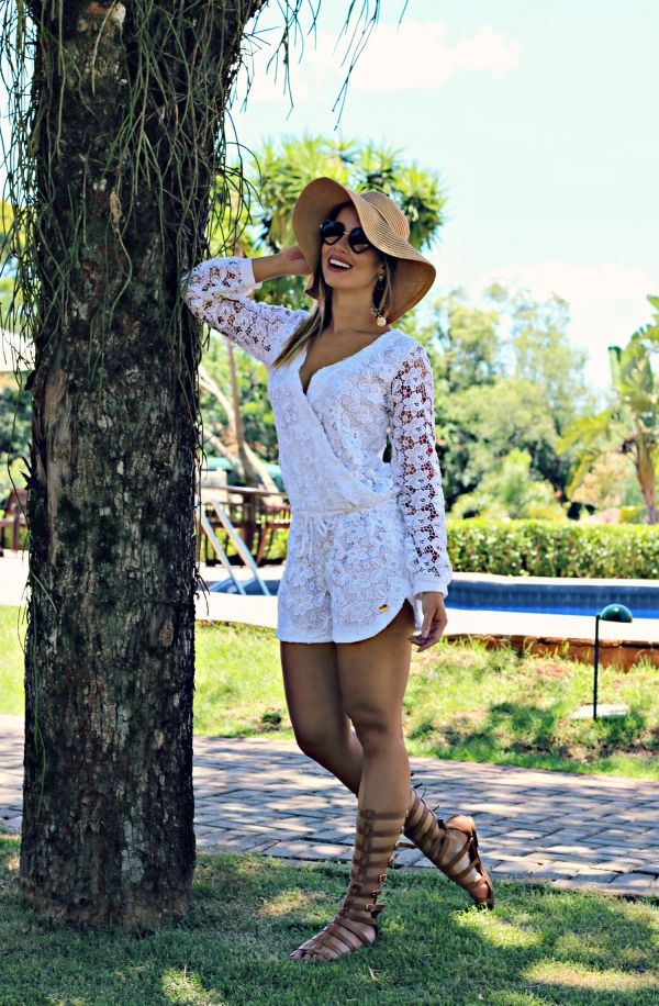 juliana goes | juliana goes blog | look do dia | blog moda | look juliana goes | dica de moda | inspiração de moda | inspiração de look | encanto dos pés | macaquinho  blessed  sandália gladiadora | renda guipir