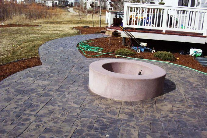 Poured concrete fire pit fire pit ideas pinterest for Concrete fire pit plans