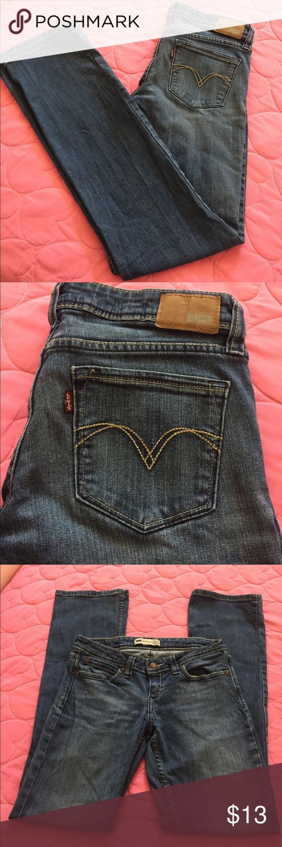 "LEVI'S LOW RISE BOOTCUT Used, but still in really good condition, no signs of tear, rips or stains at all, the size description is on one of the pictures, I am 5.5"" tall and used to be  size 5 or 7 in juniors and it fit me perfect, but I'm size 3 now, so is a little big. Any questions let me know. Levi's Pants"