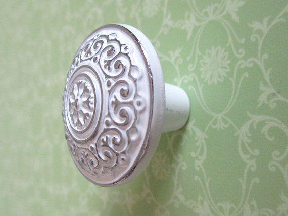 Best 20 kitchen cupboard handles ideas on pinterest - Bouton de commode ...