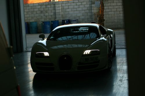 bugatti veyron 16 4 grand sport vitesse in south africa. Black Bedroom Furniture Sets. Home Design Ideas
