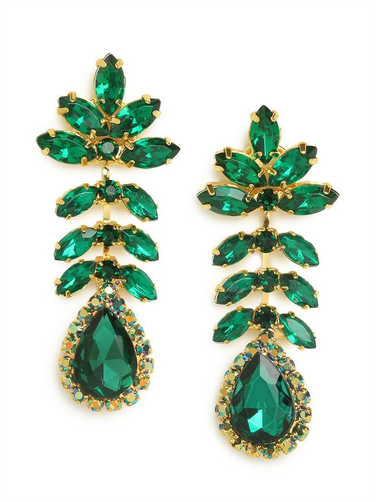 Go ladylike and oh-so-sophisticated with this dazzling set of statement earrings. With those massive leaf-like marquise crystals and gobstopper teardrop gems, the look is big and fabulously bold.