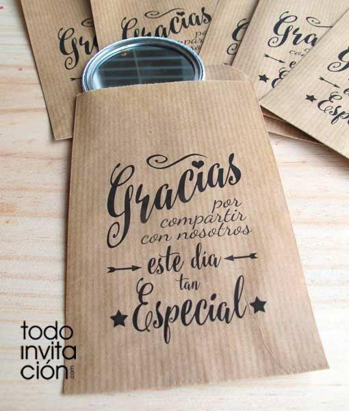 """Bolsas pequeñas de kraft para DETALLES DE INVITADOS """"GRACIAS POR ACOMPAÑARNOS"""". Envuelve tus regalos de una forma original. Un regalo original envuelto original, 2 veces original."""