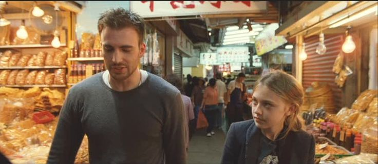 "Movie: ""Push"" (2009), Chris Evans, Dakota Fanning"