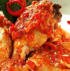 Ayam Rica Rica - Manado Cuisine, Indonesia OMG sooooooooo yummy looking I must try it soon!!!!