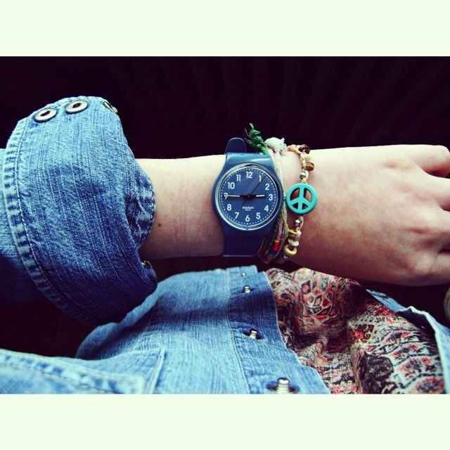 #Swatch: Quelle Heure, Eriksnooks96, Bluejean Watches, Peace Goodday, Bangles Peace, Heure Estes Il, Swatch, Bracelets Bangles, Instagram Photos