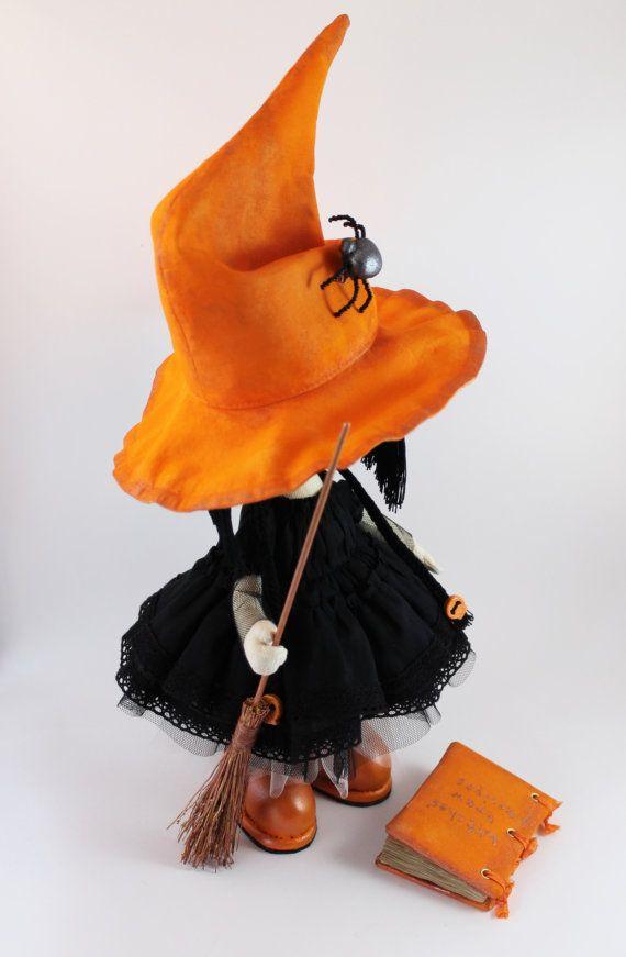 Poco la bruja Kiki a medida sombrero de por DollsLittleAngels