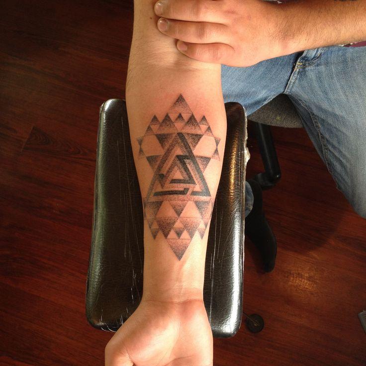 Geometric Tattoo #eldoradotattoo #dotwork #geomtrictattoo #geometry #tattoo  #sacredgeometry