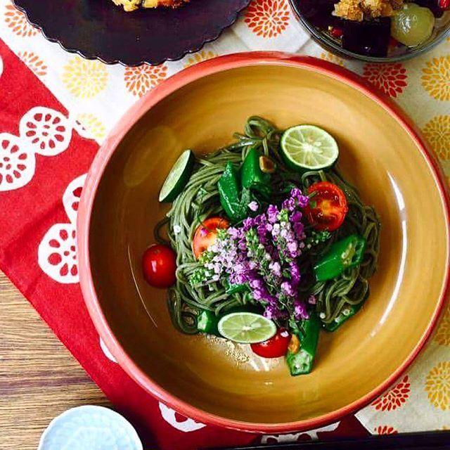 漆器に野菜の彩りパスタ! 幾田先生のキレイで美味しそうな盛り付けは真似したい♪  子供向けに和食お料理教室を開催しているイクタキッチンの様子。  Cooking school For Kid's @ IKUTA Kitchen  Sept. 2016. Fudanシリーズ_きょうかはち桃色    http://j-cocomo.jp